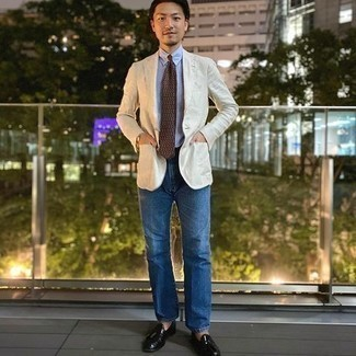 Silver Watch Outfits For Men: Consider teaming a white blazer with a silver watch if you're in search of an outfit option that is all about laid-back style. A pair of black leather tassel loafers immediately turns up the classy factor of any getup.