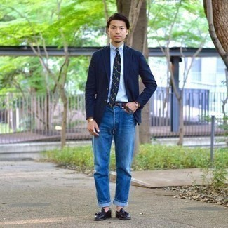 Light Blue Dress Shirt Outfits For Men: Combining a light blue dress shirt and blue jeans is a fail-safe way to infuse masculine elegance into your current wardrobe. Navy leather tassel loafers will immediately spruce up even your most comfortable clothes.