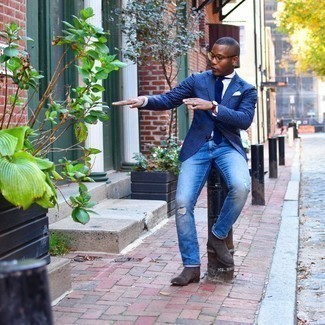 Tie Casual Outfits For Men: This combination of a navy gingham blazer and a tie is extra dapper and provides a clean and crisp look. Make this getup more fun by finishing with a pair of dark brown suede chelsea boots.