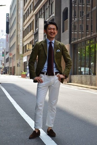 Men's Outfits 2021: For a casually neat look, go for an olive blazer and white jeans — these two items work beautifully together. Flaunt your polished side by finishing with a pair of dark brown suede tassel loafers.
