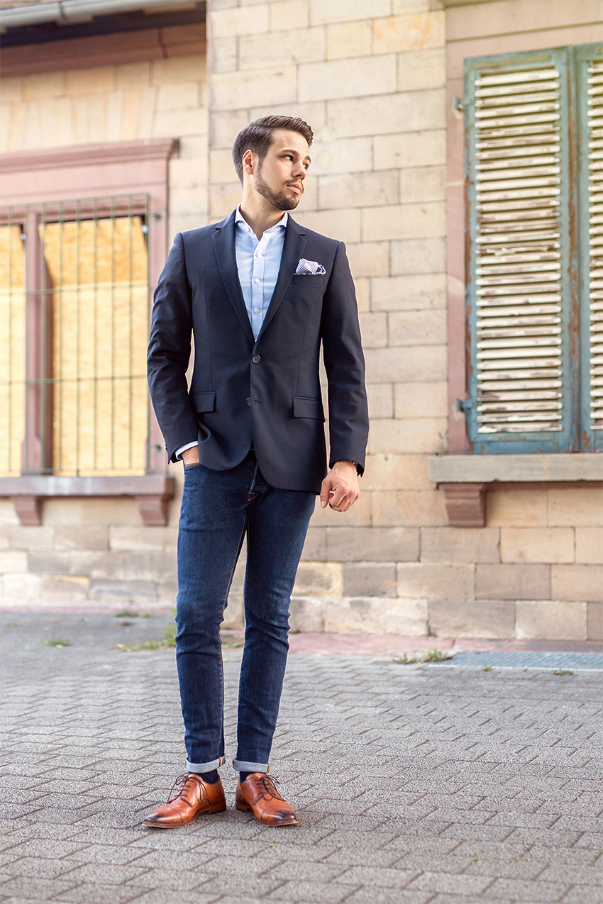 dark wash jeans outfit mens