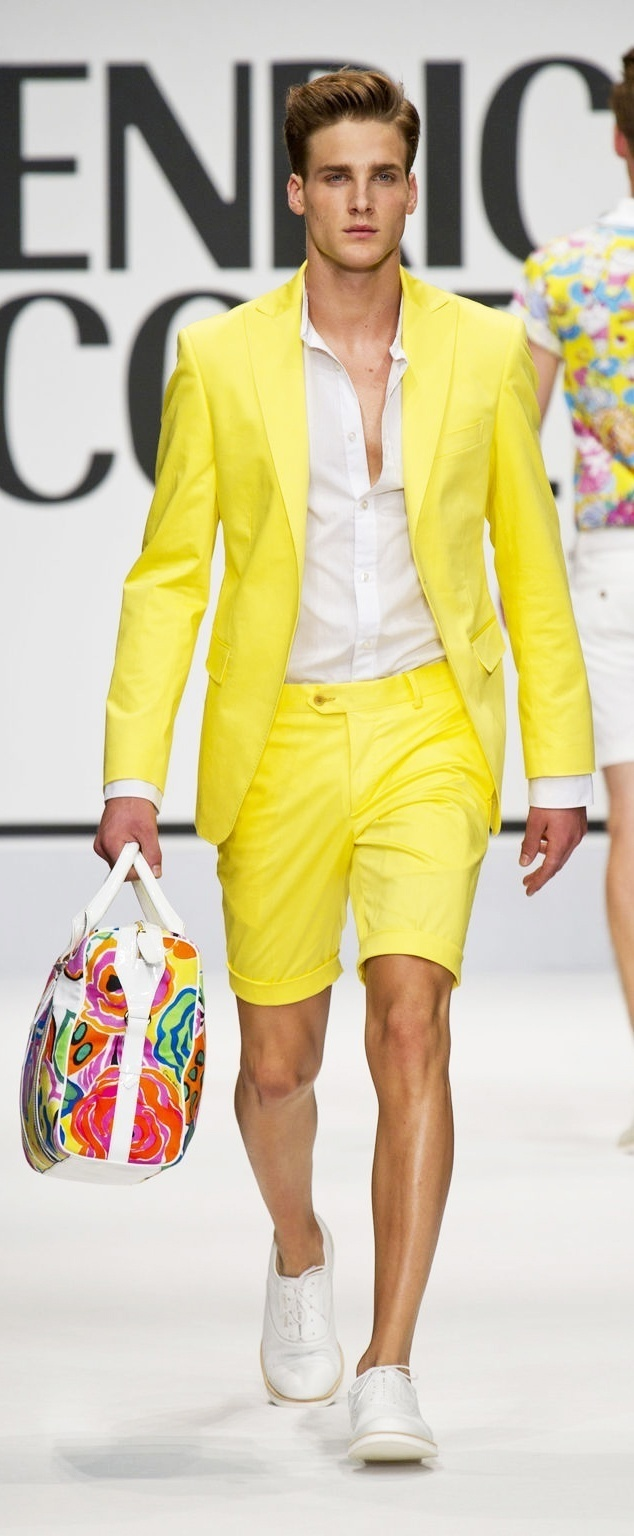 Yellow And White Outfits For Men