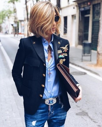 How to wear: black blazer, light blue dress shirt, blue ripped skinny jeans, dark brown leather clutch