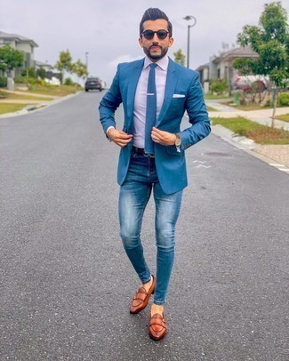 Blue Skinny Jeans Outfits For Men: A blue blazer looks so cool when worn with blue skinny jeans. Jazz up your ensemble with a smarter kind of shoes, such as this pair of tobacco leather double monks.