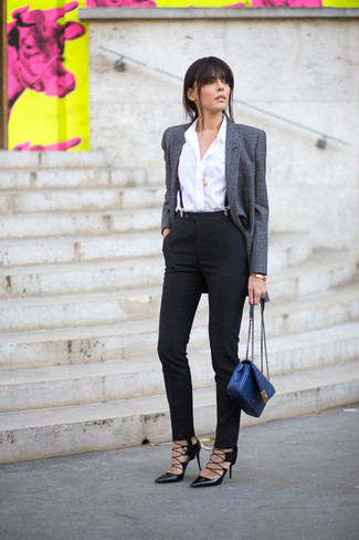 How to Wear a Blue Leather Satchel Bag: A grey wool blazer and a blue leather satchel bag are among the crucial elements of a great casual closet. To bring out an elegant side of you, complete your look with black leather pumps.