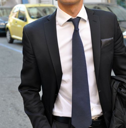 dd3c6d3a84da8 How to Wear a Charcoal Polka Dot Pocket Square (8 looks   outfits ...