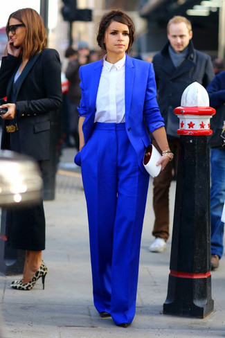 Miroslava Duma wearing Blue Blazer, White Dress Shirt, Blue Wide Leg Pants, Black Leather Pumps