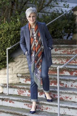 82c5506a Cómo combinar: blazer de lana azul marino, jersey con cuello circular de  rayas horizontales Bailarinas ...