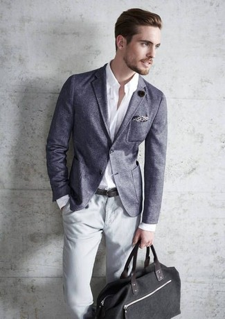 How to wear: grey blazer, white long sleeve shirt, grey chinos, black canvas tote bag