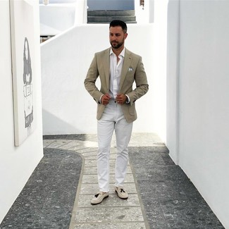How to wear: beige blazer, white long sleeve shirt, white chinos, beige suede tassel loafers