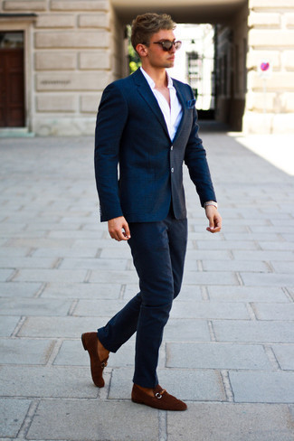 Men's Looks & Outfits: What To Wear In 2020: For a casually classic menswear style, consider pairing a navy check wool blazer with navy wool chinos — these items go nicely together. Finishing with brown suede loafers is a guaranteed way to introduce a bit of classiness to this ensemble.