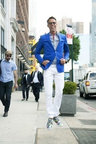 How to Wear Grey Sunglasses For Men: Get into get-things-done mode in this functional combo of a blue blazer and grey sunglasses. To add some extra fanciness to this look, complement your outfit with multi colored camouflage canvas low top sneakers.
