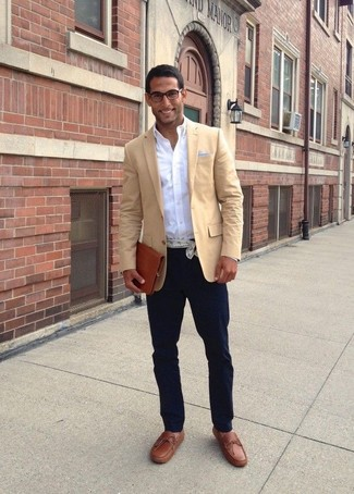How to wear: tan blazer, white long sleeve shirt, navy chinos, brown leather tassel loafers