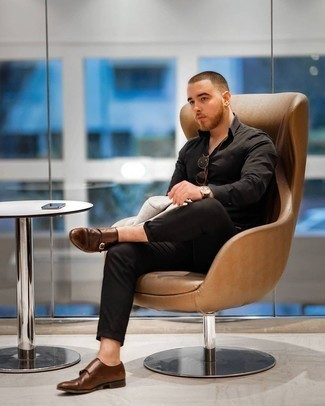 Grey Blazer with Black Pants Outfits For Men: For an outfit that's city-style-worthy and effortlessly neat, wear a grey blazer and black pants. For a smarter aesthetic, introduce brown leather double monks to the equation.