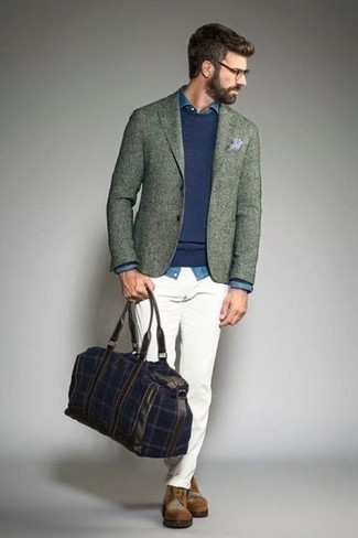 Brogue Boots Outfits: This combination of a mint wool blazer and white chinos resonates rugged sophistication and effortless style. Brogue boots tie the look together.