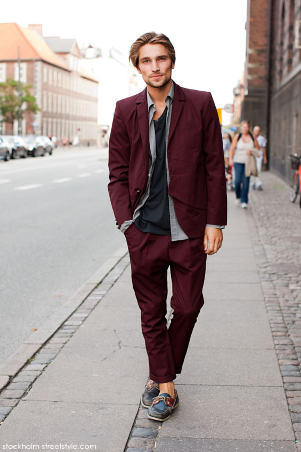 How to Wear a Burgundy Blazer (68 looks) | Men's Fashion
