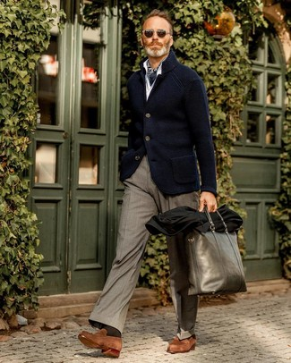 How to wear: navy knit blazer, white long sleeve shirt, grey dress pants, brown suede loafers