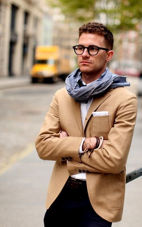 How To Wear a Tan Blazer With a White Pocket Square | Men's Fashion