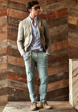 Pair a beige wool blazer with Closed men's Denim Pants for a trendy and easy going look. Finish off with tan suede desert boots and off you go looking great. This outfit is the definition of perfect for those warm springtime days.