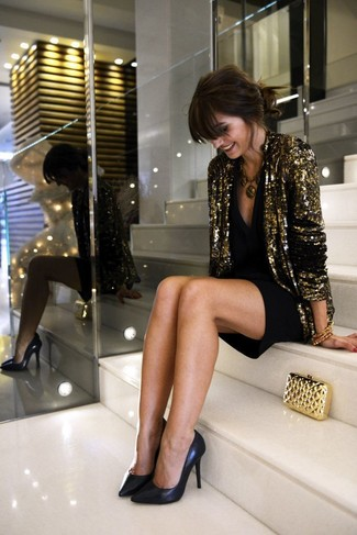 A gold sequin blazer and a black party dress is a versatile combination that will provide you with variety. This outfit is complemented perfectly with black leather pumps.