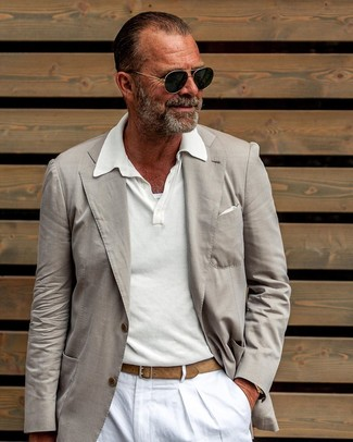 How to Wear Black and White Sunglasses For Men: Teaming a beige blazer and black and white sunglasses will be a good manifestation of your skills in menswear styling even on weekend days.