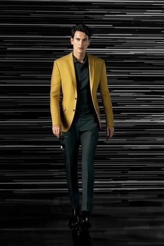 How to Wear Dark Green Dress Pants For Men: Putting together a mustard blazer and dark green dress pants is a surefire way to infuse your styling rotation with some rugged refinement. A great pair of black leather chelsea boots is an effective way to give an air of stylish casualness to this ensemble.