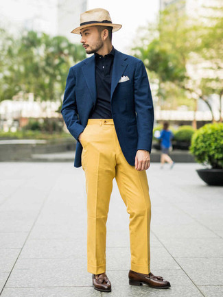 Navy Polo Outfits For Men: A navy polo and mustard dress pants are an easy way to introduce a dose of masculine sophistication into your day-to-day outfit choices. Balance out your look with a more refined kind of footwear, like this pair of brown leather tassel loafers.