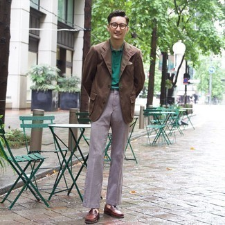 Brown Leather Loafers Outfits For Men: A brown blazer and black and white houndstooth dress pants are an elegant look that every modern gentleman should have in his closet. A pair of brown leather loafers is a wonderful idea to finish your ensemble.
