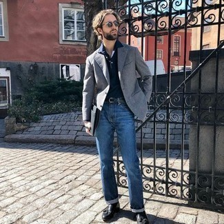 Grey Blazer with Blue Jeans Outfits For Men: Dress in a grey blazer and blue jeans to achieve new heights in outfit coordination. Rounding off with black leather tassel loafers is an effective way to bring a little classiness to your ensemble.