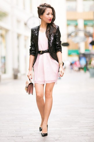 How to Wear a Black and White Sequin Blazer For Women: When the setting calls for an elegant yet neat ensemble, opt for a black and white sequin blazer and a pink chiffon shift dress. On the footwear front, this ensemble pairs well with black leather pumps.