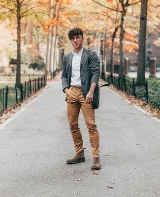 Men's Looks & Outfits: What To Wear In 2020: A grey blazer and khaki chinos make for the perfect base for a casually smart outfit. A pair of brown suede chelsea boots instantly dresses up the look.