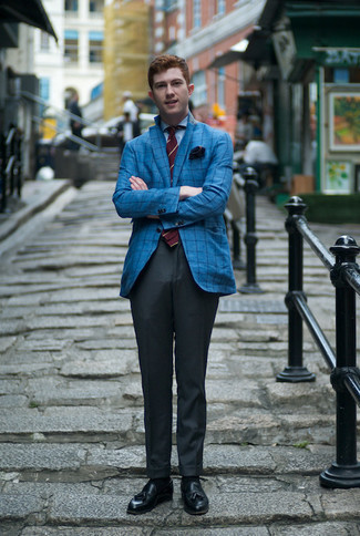 Blue Check Blazer Outfits For Men: You're looking at the undeniable proof that a blue check blazer and charcoal dress pants look awesome when matched together in an elegant ensemble for a modern gent. Introduce a pair of black leather tassel loafers to this ensemble et voila, this ensemble is complete.
