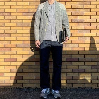 Grey Athletic Shoes Outfits For Men: A grey linen blazer and navy jeans are among those sport-anywhere-anytime pieces that have become the crucial elements in our wardrobes. If you want to easily play down this outfit with a pair of shoes, complement this look with grey athletic shoes.