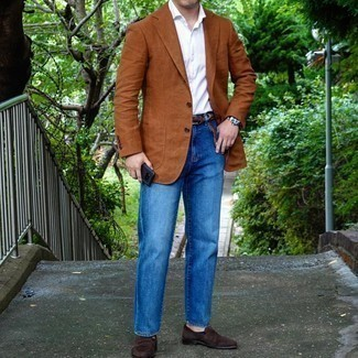 Blue Jeans with White Shirt Outfits For Men: This casual pairing of a white shirt and blue jeans is super easy to put together in no time flat, helping you look awesome and ready for anything without spending too much time digging through your wardrobe. A pair of dark brown suede loafers effortlessly dials up the style factor of this look.