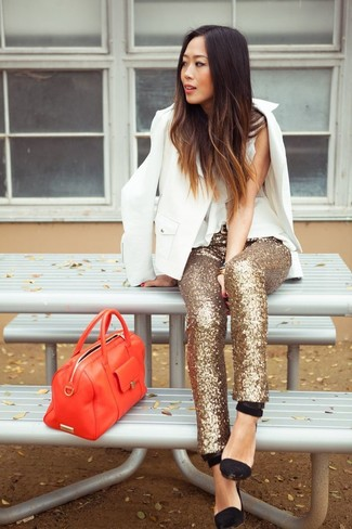 Stand out among other stylish civilians in a white blazer and gold sequin slim trousers. Finish off your look with black suede pumps.