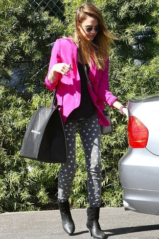 How to Wear a Hot Pink Blazer For Women: This laid-back combo of a hot pink blazer and grey star print skinny jeans is a never-failing option when you need to look good but have no extra time to assemble an ensemble. Rounding off with a pair of black snake leather ankle boots is an effective way to bring an extra dimension to this outfit.