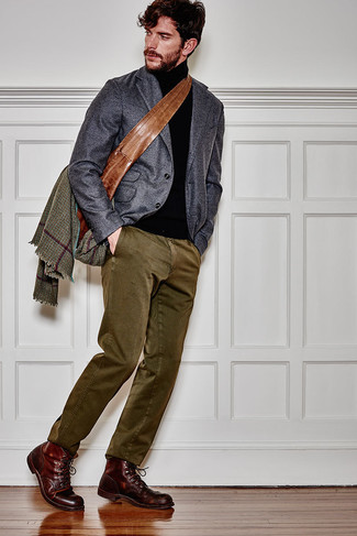 How to Wear Olive Chinos: A charcoal wool blazer and olive chinos paired together are a smart match. Complete this look with a pair of burgundy leather casual boots to pull the whole getup together.