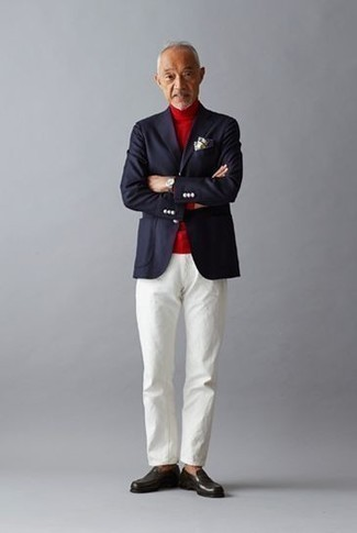 How to Wear a Black Leather Watch After 60 For Men: Putting together a navy blazer with a black leather watch is an on-point pick for a laid-back and cool look. If you feel like dialing it up a bit now, add black leather loafers to the equation.
