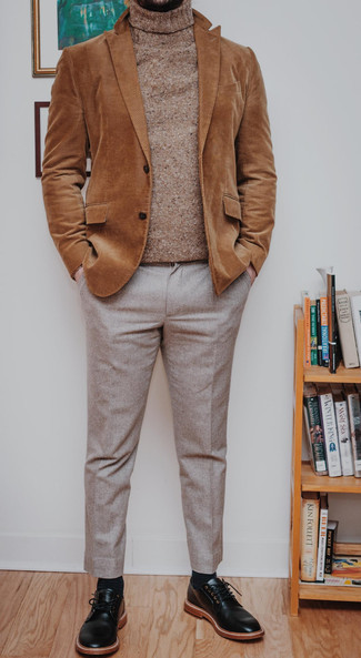 Sweater Outfits For Men: This pairing of a sweater and beige dress pants speaks masculine elegance. Black leather derby shoes are a guaranteed way to bring a hint of class to your look.