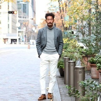 Grey Blazer Outfits For Men: Combining a grey blazer and white dress pants is a fail-safe way to inject masculine sophistication into your styling routine. Our favorite of a myriad of ways to round off this ensemble is tobacco suede tassel loafers.
