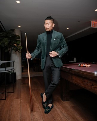 Velvet Blazer Outfits For Men: You'll be surprised at how easy it is to pull together this sophisticated ensemble. Just a velvet blazer and black vertical striped dress pants. A nice pair of dark green embroidered velvet loafers ties this ensemble together.