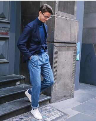 How to wear: navy blazer, navy turtleneck, blue jeans, white low top sneakers