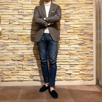 How to wear: brown gingham wool blazer, white turtleneck, navy jeans, black suede loafers