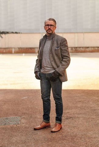How to Wear Boots For Men: If you'd like take your casual fashion game to a new level, opt for a brown herringbone wool blazer and navy jeans. Feeling transgressive? Lift up your look by finishing with a pair of boots.