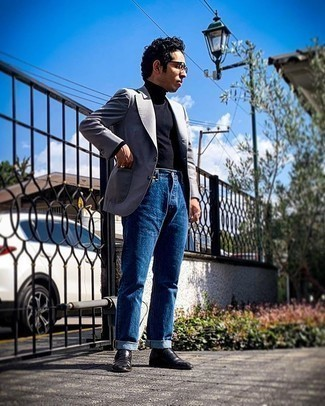 Grey Blazer with Blue Jeans Outfits For Men: If the situation calls for a classy yet killer outfit, pair a grey blazer with blue jeans. For shoes, you can follow a more classic route with a pair of black leather loafers.