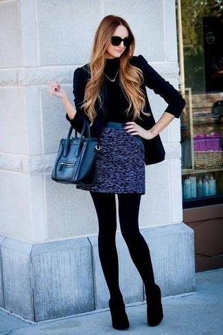 How to Wear a Blue Tweed Mini Skirt: You're looking at the hard proof that a black velvet blazer and a blue tweed mini skirt look awesome when married together in a casual ensemble. Our favorite of an endless number of ways to complement this getup is with black suede pumps.