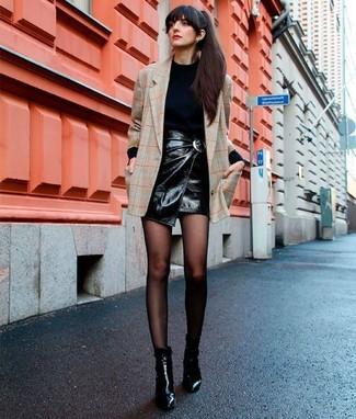 How to wear: beige check blazer, black turtleneck, black leather mini skirt, black leather ankle boots