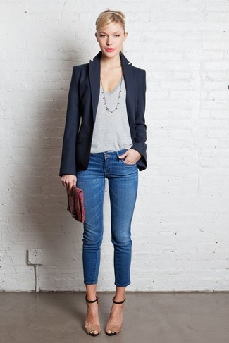 This combination of a navy blazer and blue skinny jeans is super versatile and really up for any sort of adventure you may find yourself on. Go for a pair of nude suede heeled sandals to va-va-voom your outfit. This getup is a fail-safe option if you're on the lookout for a great, season-appropriate ensemble.