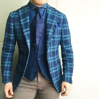This combo of a teal plaid wool blazer and khaki chinos is proof that a simple look doesn't have to be boring. Needless to say, an ensemble like this will keep you warm and stylish during the fall.