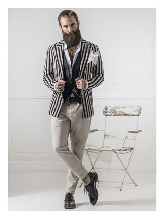 How to Wear a Beige Vertical Striped Blazer For Men: A beige vertical striped blazer and beige chinos worn together are a perfect match. And if you want to immediately bump up this ensemble with one single item, why not introduce black leather brogues to the equation?